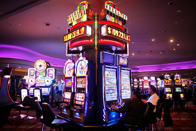 Игровые автоматы на деньги Web1_gamingtourism-feb01-17__005_7709753